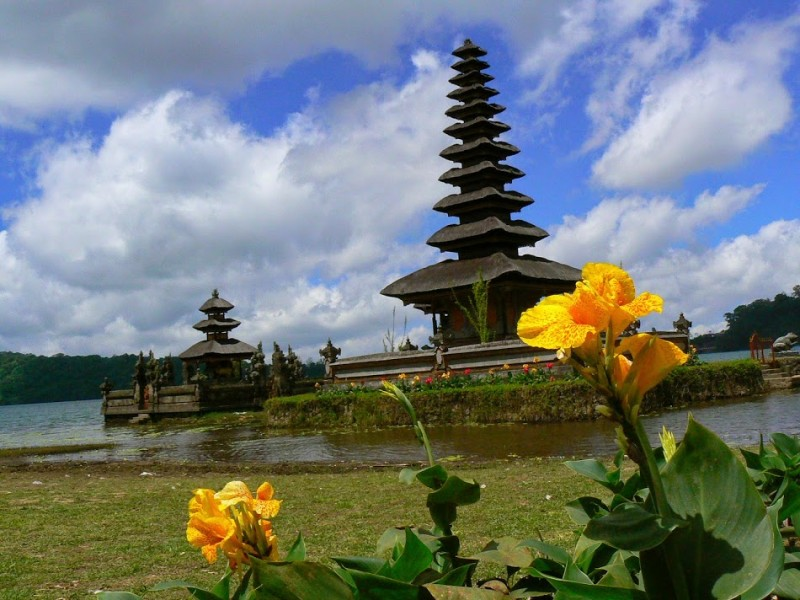 Travelling in Indonesia. Which are the unmissable sights and experiences